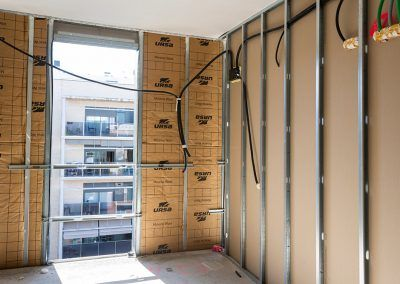 fachada ligera y ventilada, 1.800 m2 de aislamiento URSA en una fachada ligera y ventilada de Sant Feliu de Llobregat